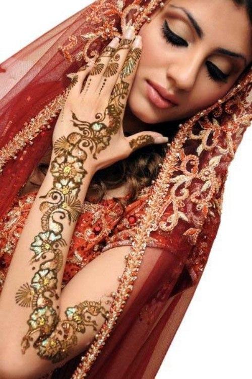 Bridals Special Mehndi Designs