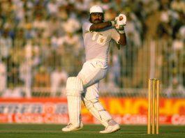 Top 10 Cricket Legends of Pakistan