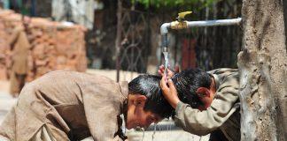 10 bad habits of children in Pakistan