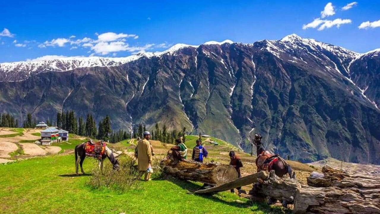Naran Kaghan The Best Place To Visit With Your Family