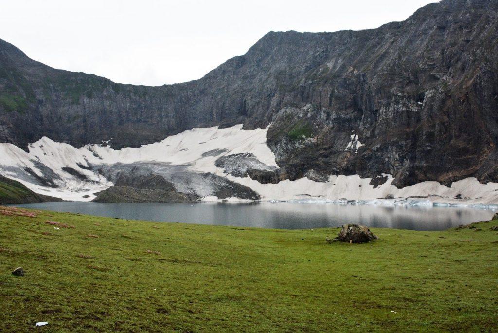Best Time To Visit Ratti Gali Lake in Pakistan