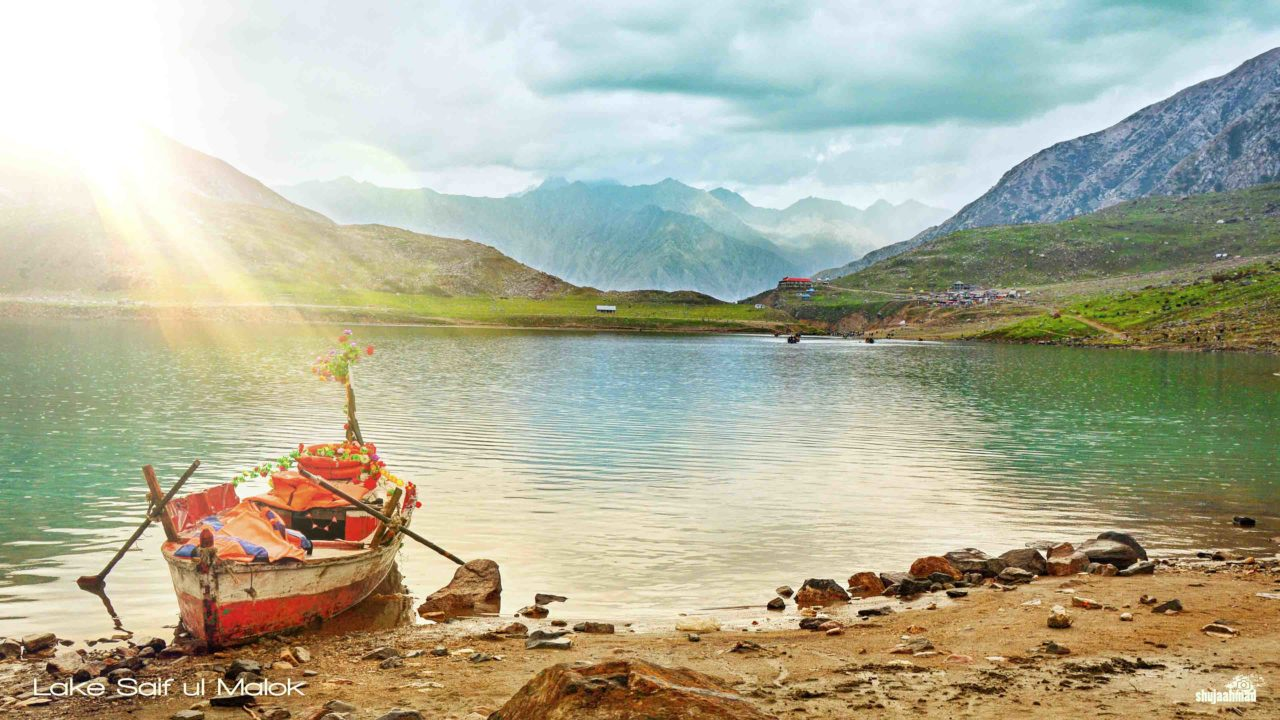 Best Time to visit Saif ul Malook Lake