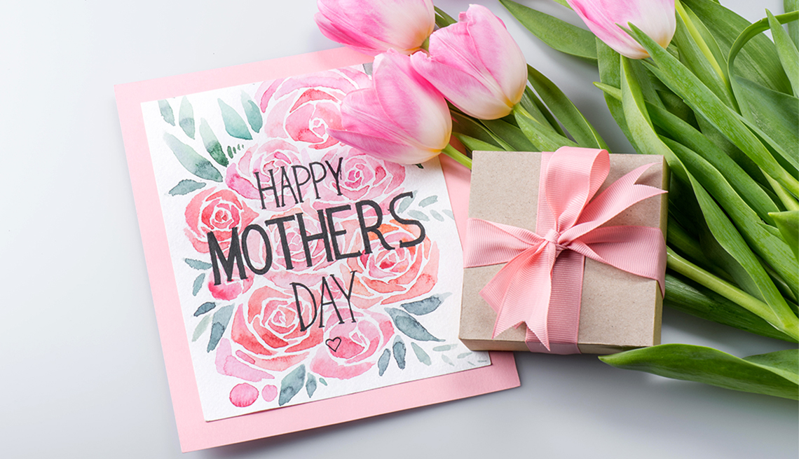 20+ Mothers Day Gifts Ideas for Pakistani Mothers in 2021